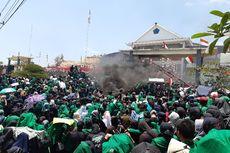 Fakta Demo Mahasiswa Terkini: Polisi Baca Asmaul Husna hingga Demonstran Duduki Gedung DPRD Sumbar