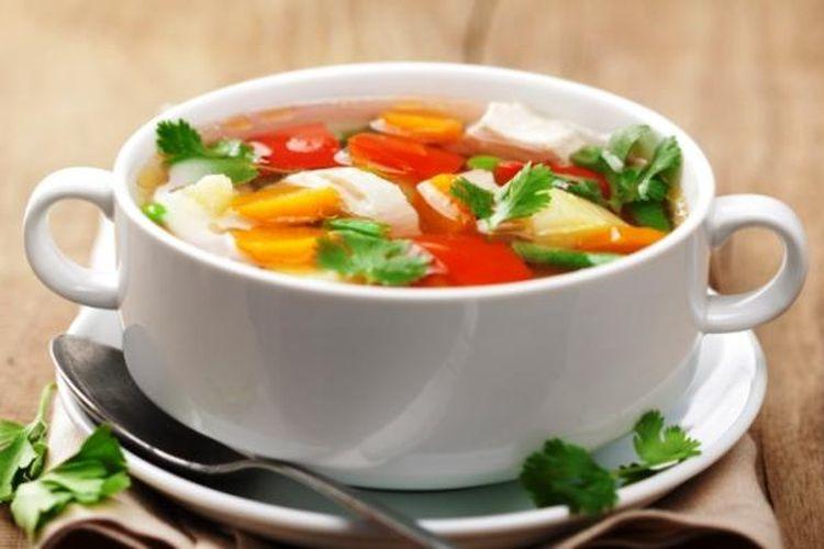 Ilustrasi sup hangat.