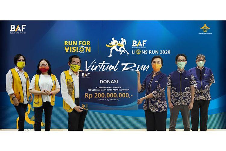 Serah terima donasi yang terkumpul dalam acara BAF Lions Run 2020 (Dok. BAF)