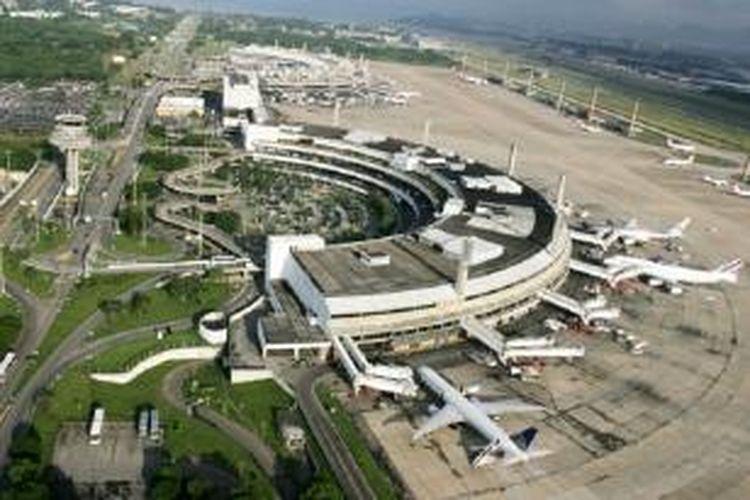 Changi International Airport mengambil alih pengelolaan Bandara International Tom Jobin, Brasil.