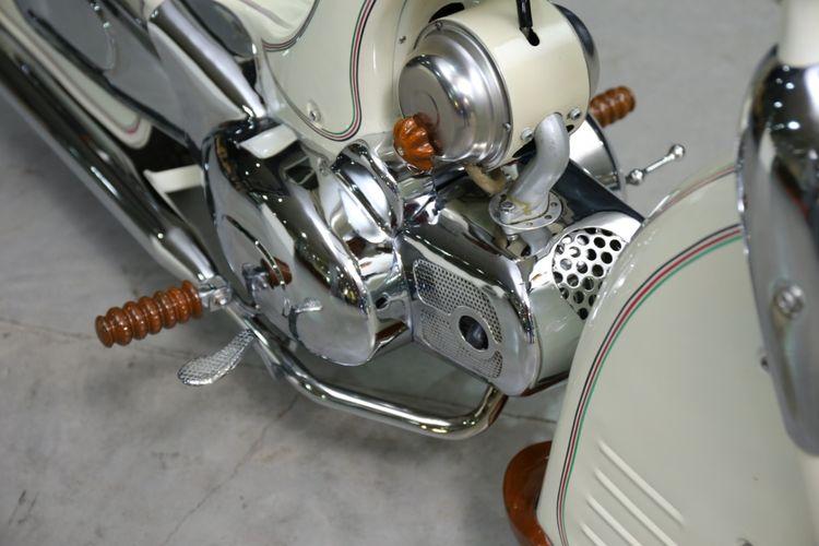 Enthok Mlenuk, motor bebek custom garapan House of Choppers di Kustomfest 2019