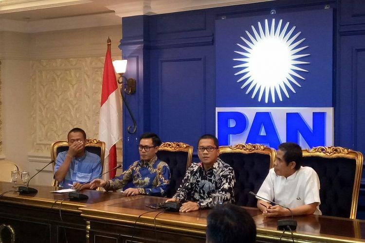 Konferensi Pers PAN soal Rakernas 2018 di Ruang Fraksi PAN, Kompleks Parlemen, Senayan, Jakarta