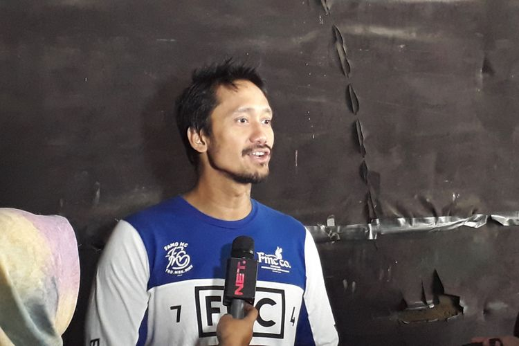 Tora Sudiro diabadikan saat dijumpai di Studio Movie One, Tanah Kusir, Jakarta Selatan, Senin (17/4/2017).