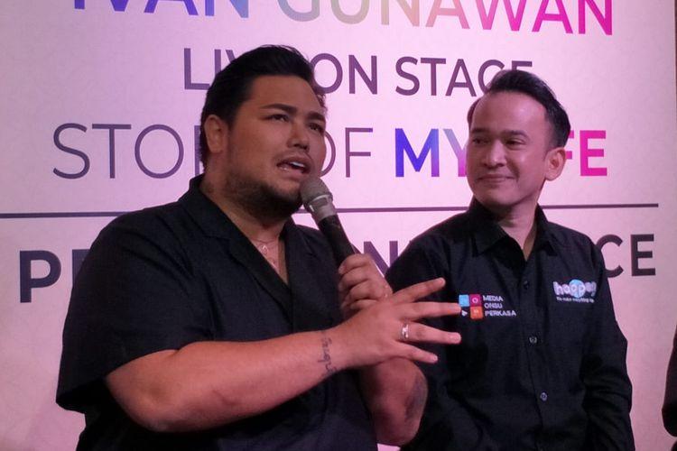 Ivan Gunawan dan Ruben Onsu dalam jumpa pers Ivan Gunawan Live On Stage, Story Of My Life di kawasan Kebayoran Baru, Jakarta Selatan, Rabu (26/6/201