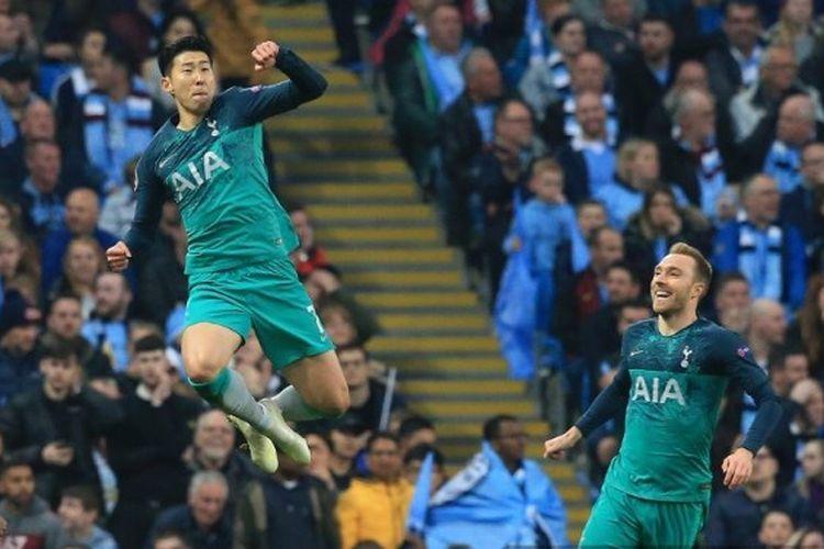 Penyerang Tottenham Hotspur, Son Heung-Min melakukan selebrasi usai mencetak gol ke gawang Manchester City pada laga leg kedua perempat final Liga Champions, di Etihad Stadium, Rabu (17/4/2019).