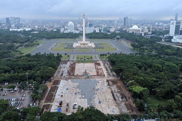 Kondisi kawasan Monumen Nasional setelah penebangan 205 pohon untuk revitalisasi, Kamis (23/1/2020).