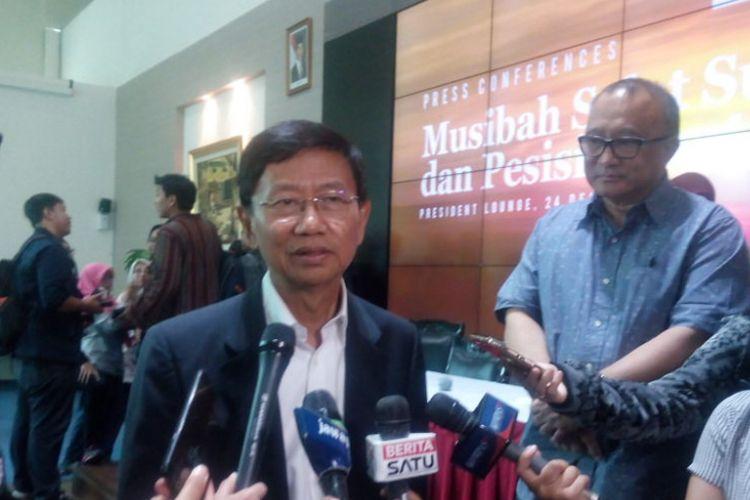 Chairman Jababeka Group, Setyono Djuandi Darmono memberikan keterangan terkait kondisi kawasan wisata Tanjung Lesung, Lampung di Jakarta Pusat, Senin (24/12/2018).