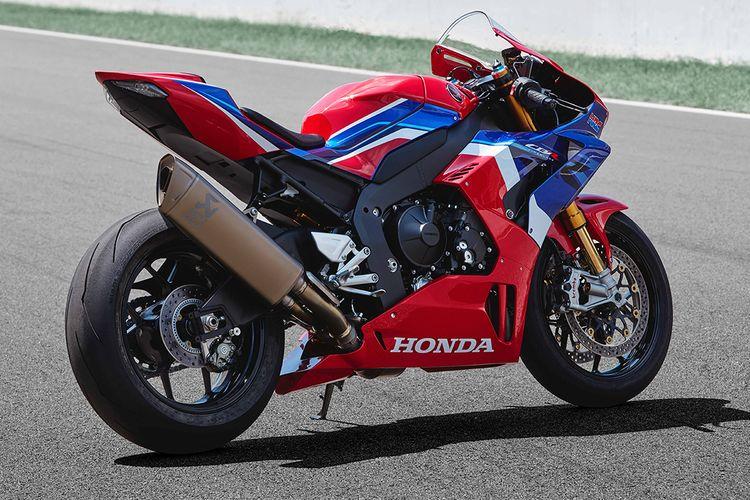 Honda Cbr1000rr R Fireblade Resmi Meluncur Tembus Rp 1 1 Miliar
