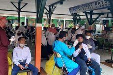 Cegah Penularan Covid-19, Siswa dan Guru yang PTM di Surabaya Jalani Tes Swab