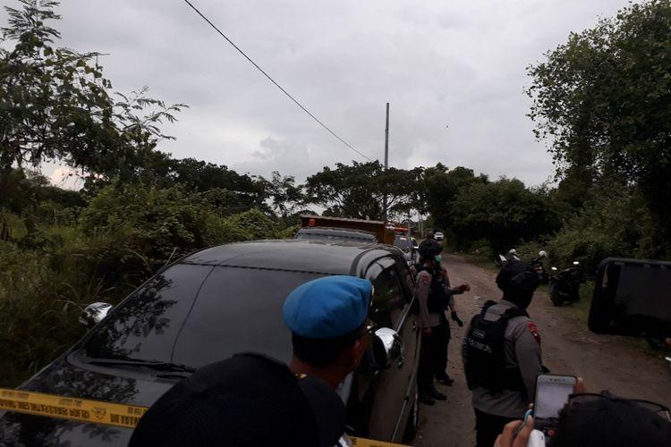 Lokasi peledakan bom di komplek latihan militer Surabaya Timur.