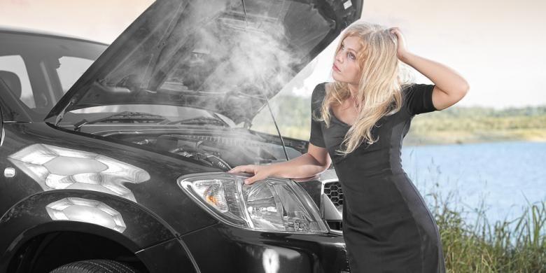 Mesin mobil panas kerap merepotkan
