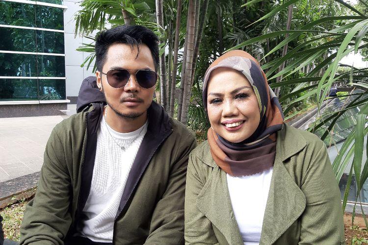 Aher dan Elly Sugigi di kawasan Tendean, Jakarta Selatan, Senin (21/12/2020).