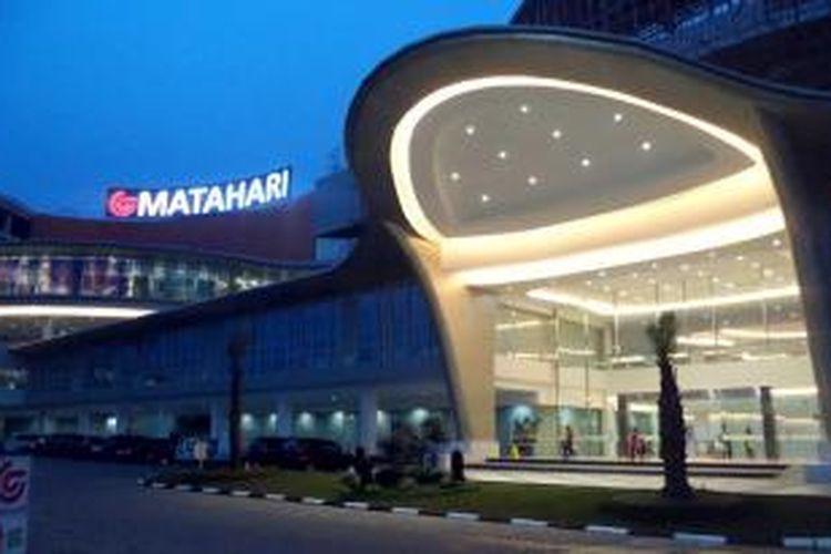 Gerbang utama pusat belanja, Big Mall, Samarinda, Kalimantan Timur.