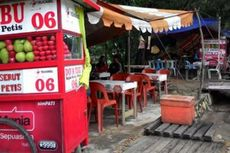 Makan Rujak di Simpang Rujak Batam