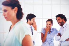 Dampak Bullying di Tempat Kerja yang Harus Diwaspadai