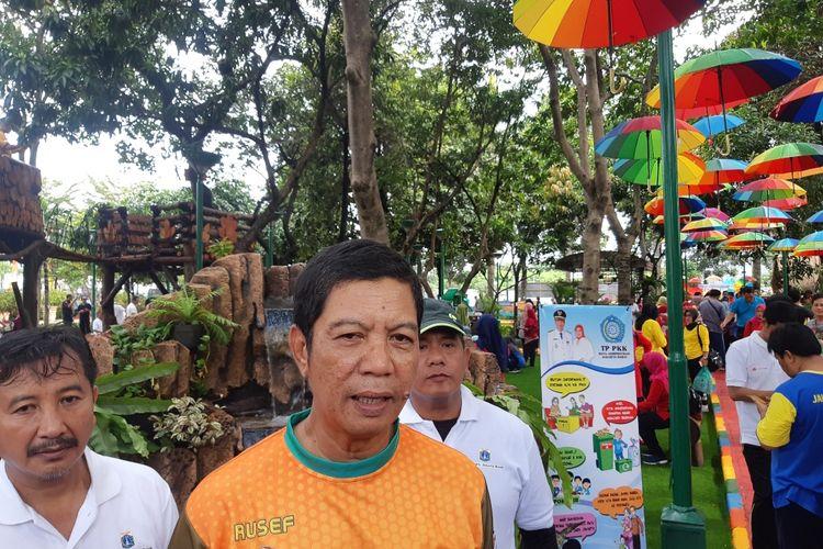 Wali Kota Jakarta Barat, Rustam Effendi dalam peresmian Walkot Farm 4.0 di Kantor Wali Kota Jakarta Barat, Kembangan, Jumat (13/3/2020)