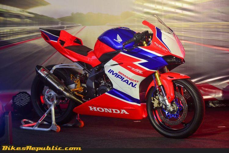 Honda CBR250RR dengan spesifikasi balap
