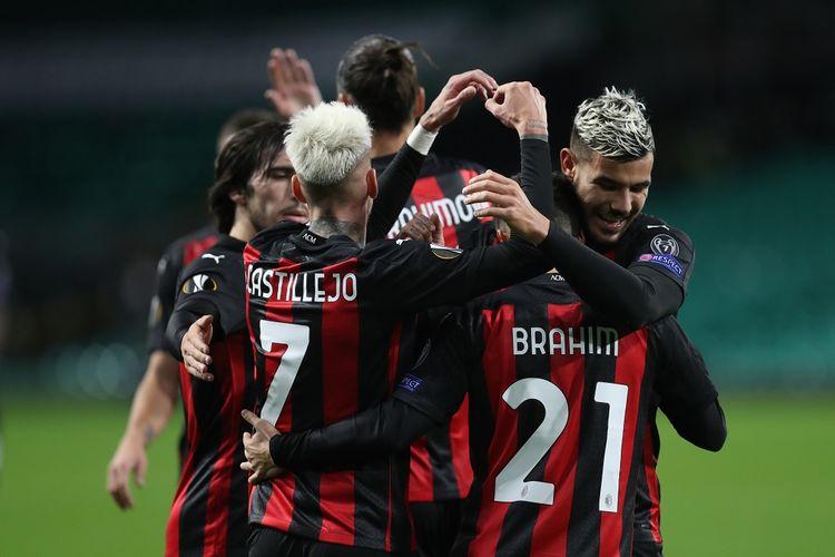 Skuad AC Milan saat merayakan gol ke gawang Celtic, Jumat (23/10/2020) dini hari WIB.