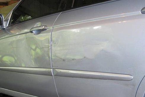 """Menghilangkan """"Lesung Pipit"""" di Bodi Mobil"""