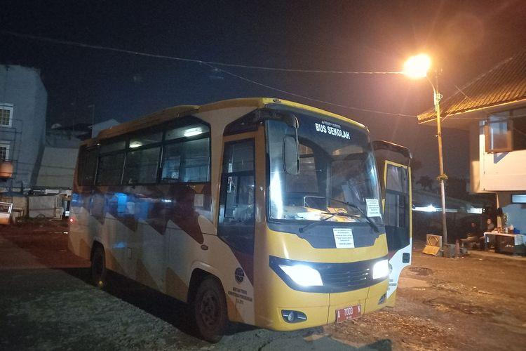 Pemerintah Kabupaten Lebak menyediakan bus pengumpan untuk antar jemput warga yang hendak naik KRL, mulai Jumat (7/5/2021).