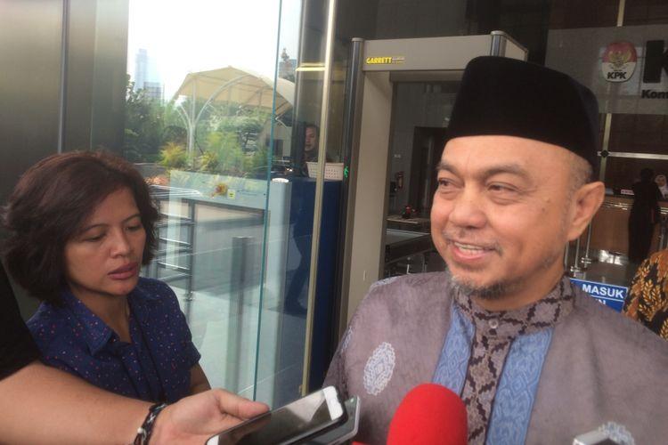 Politi Fraksi PKS Tamsil Linrung Usai Diperiksa Penyidik KPK Terkait Korupsi Kasus E-KTP di Gedung KPK, Jakarta, Rabu (4/7/2018).