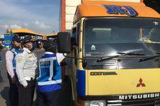 Banyak Pengendara Nakal Langgar Aturan PSBB di Jalan Tol