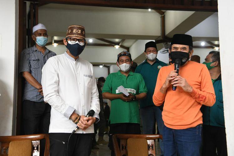 Menteri Pariwisata dan Ekonomi Keeatif menggandeng Rhoma Irama untuk mengobarkan semangat masyarakat dalam situasi pandemi Covid-19 di Indonesia, Rabu (21/7/2021).