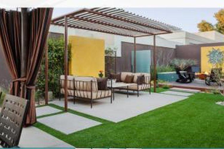 Sebuah fitur kuning di kebun akan membawa cahaya dan kehangatan ke dalam ruangan. Kuning akan bersinar kuat di antara hijaunya skema taman rumah Anda.