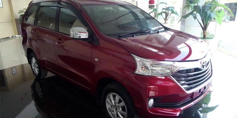 Grand New Avanza di salah satu diler Toyota di Jakarta.