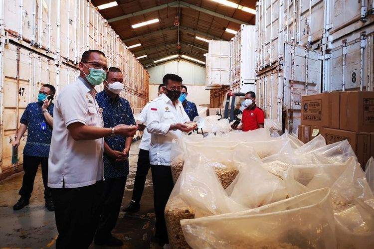 Menteri Pertanian Syahrul Yasil Limpo, saat melepas ekspor komoditas pertanian Sulsel, Rabu (22/4/2020).