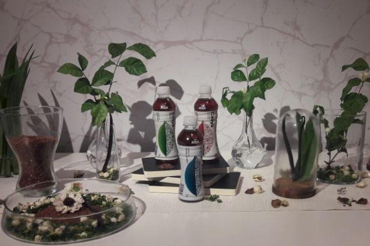 Rangkaian teh Indonesia, Caaya yang diperkenalkan oleh Danone-Aqua dalam tiga varian rasa.