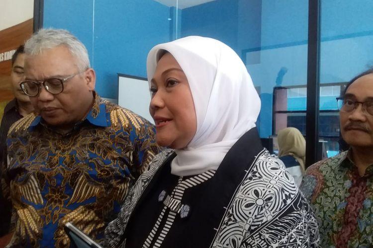 Menteri Tenaga Kerja Ida Fauziyah saat menghadiri Rapat koordinasi bidang pelatihan dan produktivitas di Balai Besar Pengembangan Latihan Kerja (BBPLK) Semarang, Selasa (26/11/2019)