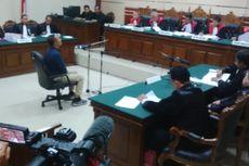 Yusril Minta Hakim Tak Perpanjang Status Tahanan Kota Dahlan Iskan