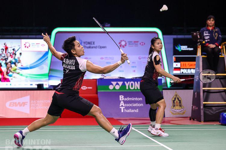 Ganda putri Indonesia, Greysia Polii/Apriyani Rahayu, berhasil melangkah ke partai final Thailand Open 2021.