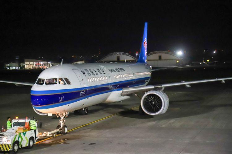 Penerbangan atau pesawat terakhir ke China yang dilayani Bandara Ngurah Rai sebelum penutupan sementara per 5 Februari 2020.
