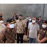 Sidak ke Tambora, Menko PMK Minta Beras Bansos Tidak Layak Harus Segera Diganti
