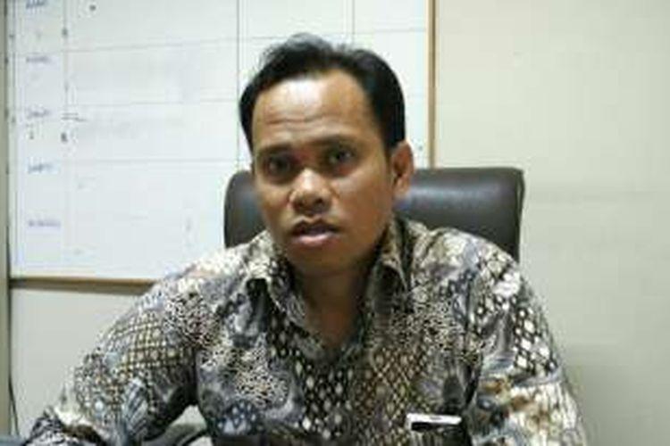 Koordinator Divisi Hukum dan Penindakan Pelanggaran Bawaslu DKI Jakarta, Muhammad Jufri, di Kantor Bawaslu DKI, Sunter Agung, Jakarta Utara, Kamis (17/11/2016).
