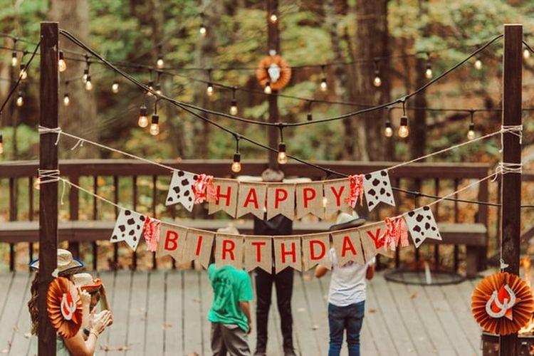 Memberi ucapan selamat ulang tahun bisa jadi pelengkap kebahagiaan di hari spesial.