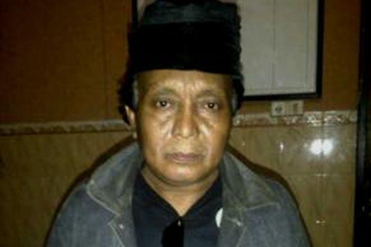 Mantan Kades Muktisari, Kecamatan Kedungdung, ditangkap Polisi setelah membakar pasar dengan sengaja.
