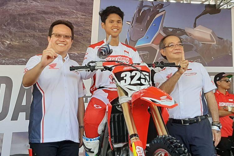 Muhammad Delvintor Alfarizi bela tim Astra Honda Racing Team di kelas MX2.