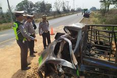 Pikap Tabrak Truk Pengangkut Batu Bata di Lampung, 6 Orang Tewas