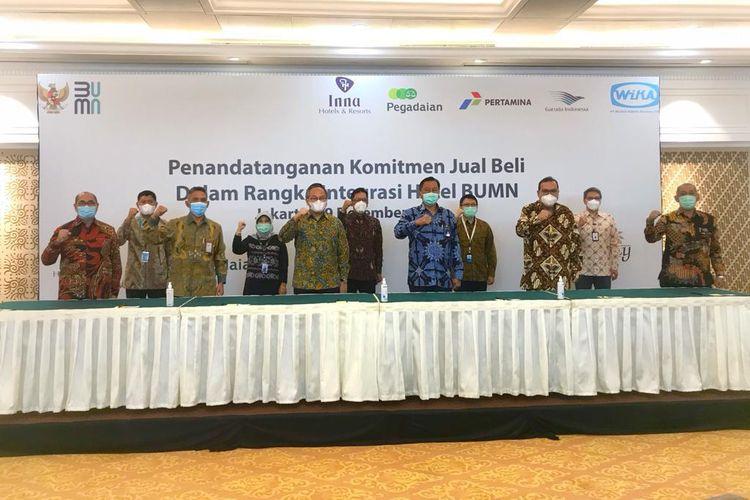 Penandatangan Komitmen Jual Beli dalam Rangka Integrasi Hotel BUMN di Jakarta, Selasa (29/12/2020).