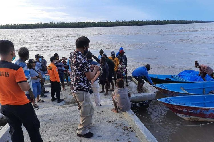 Longboat yang hilang kontak saat tiba di Pelabuhan Aswan, Kota Agats, Kamis (4/1/2021) pukul 16.41 WIT.