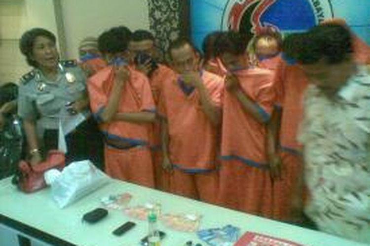 Budak narkoba diamankan di Mapolrestabes Surabaya.