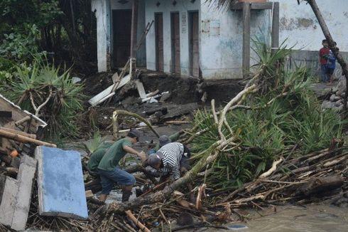 Perhutani Bantah Kerusakan Hutan Jadi Penyebab Banjir di Garut