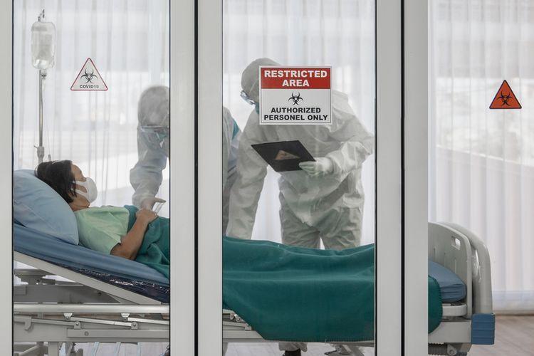 Ilustrasi: perawatan pasien positif terinfeksi virus corona(Shutterstock)