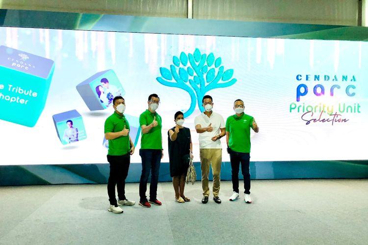 Ki-ka: Adrian Anwar (Chief  Customer Officer LPKR), Jopy Rusli (Chief Marketing Officer Lippo Homes), Suziany Japardy (Sales Director), John Riady (Chief Executive Officer LPKR), Rudy Halim (Chief Operating Officer LPKR) dalam peluncuran Cendana Parc, Sabtu (05/06/2021).