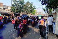 Masih Banyak Pemotor Berboncengan di Hari Pertama PSBB Kota Bandung