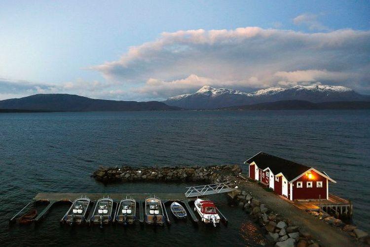 Norwegia adalah salah satu negara yang mengalami pembekuan hubungan diplomatik dengan China.