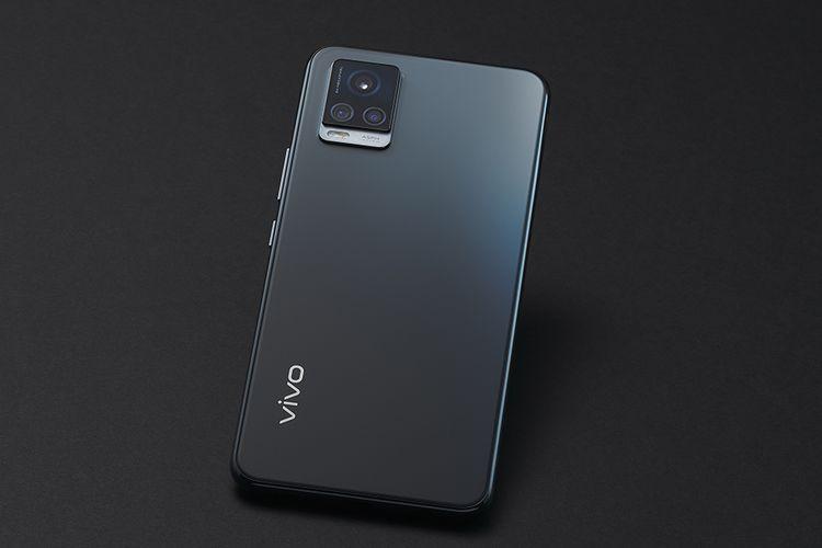 Kamera belakang di ponsel Vivo V20